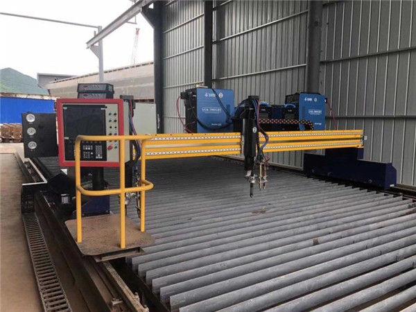 स्वचालित सीएनसी प्लाज्मा काटने की मशीन डबल ड्राइविंग 4m स्पैन 15 मीटर रेल